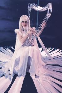 Kerli holding a Harp (in Heaven?)