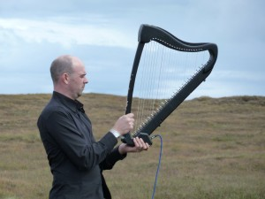 Rhodri Davies and Cassista Electric Harp